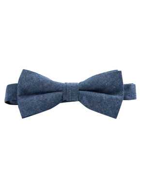 ON-TREND BOW TIE