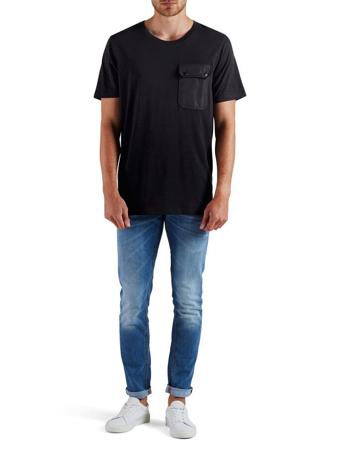 OVERSIZE FIT T-SHIRT, Black, large