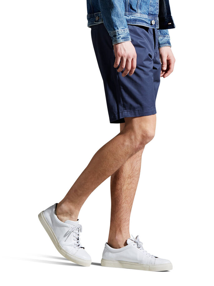 GRAHAM AKM 202 CHINO SHORTS, Mood Indigo, large