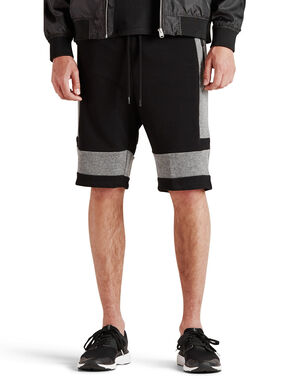 REGULAR FIT SWEATSHORTS