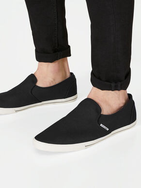 CASUAL MOCASSINS