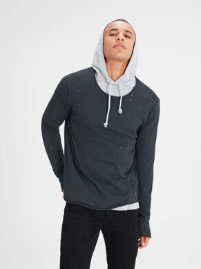 RUGGED KNITTED PULLOVER