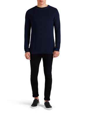 COUPE SOIGNÉE PULLOVER