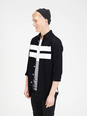 GRAPHIC LONG SLEEVED SHIRT