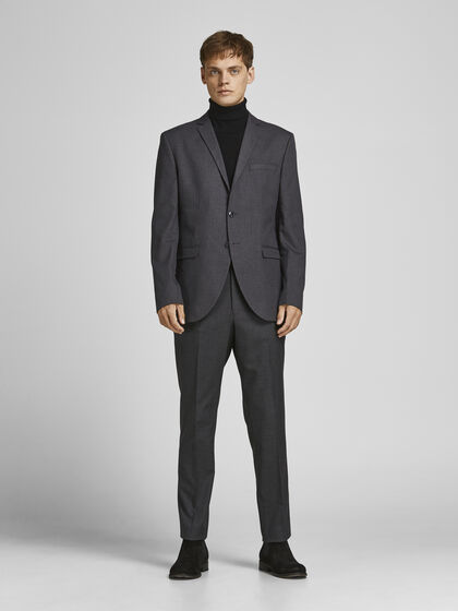 THE FORMAL SUIT