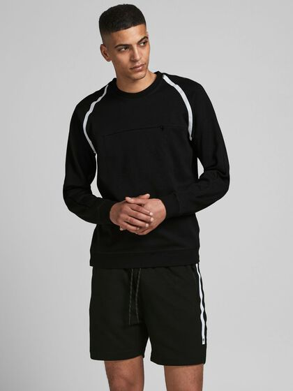 PERFORMANCE SWEATSHIRT