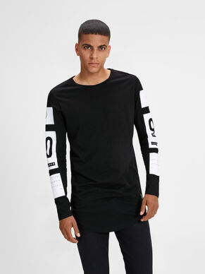 URBAN LONG-SLEEVED T-SHIRT
