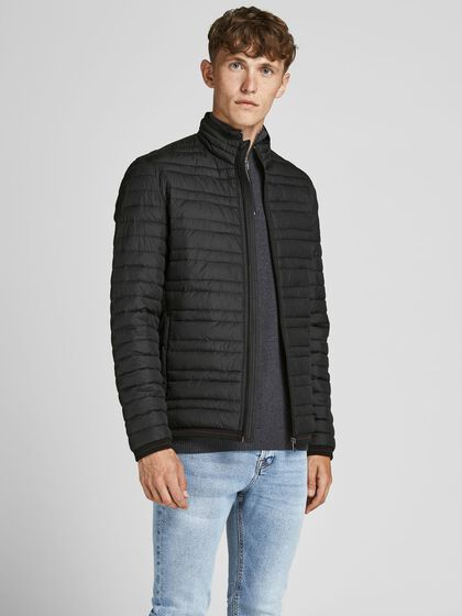 RECYCLED POLYESTER LIGHTWEIGHT JACKET