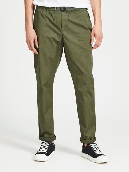 CODYJELASTIC AKM OLIVE NIGHT CHINOS