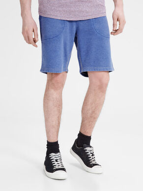 ON-TREND SWEAT SHORTS