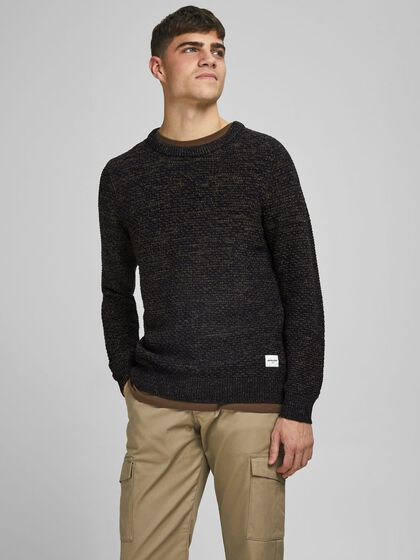 CREW NECK TEXTURED KNITTED PULLOVER