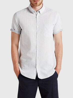 TEXTURED SHORT SLEEVED SHORT SLEEVED SHIRT