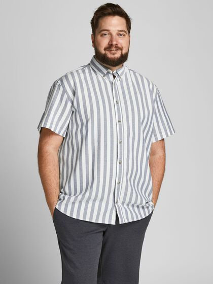 STRIPED PLUS SIZE SHORT SLEEVED SHIRT
