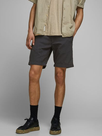 SEERSUCKER AKM CHINO SHORTS