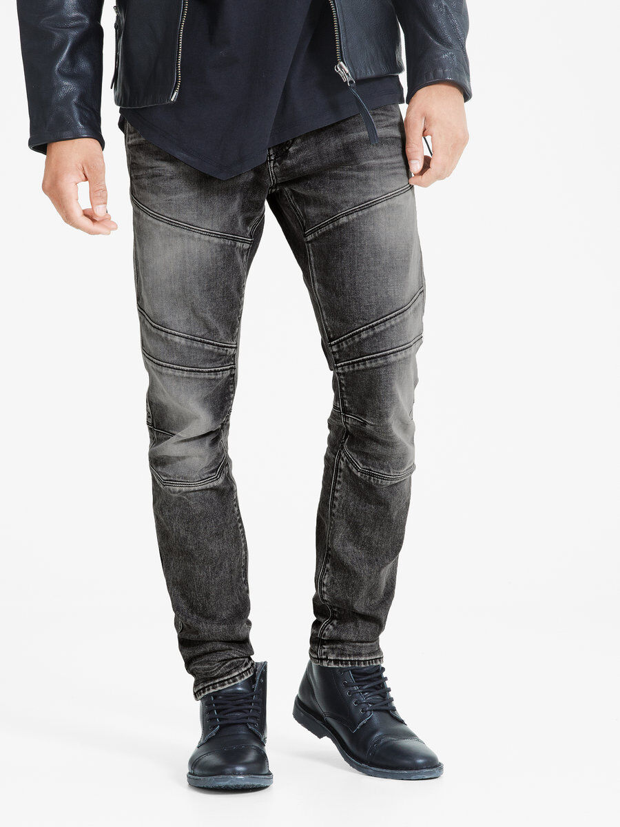 Zerrissene schwarze jeans manner