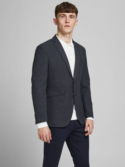 TWO-BUTTON SLIM FIT BLAZER