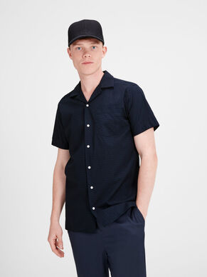 ON-TREND SHORT SLEEVED SHIRT